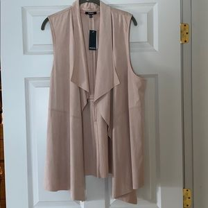 NWT : pale pink soft suede like material vest.